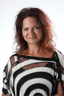 Manuela Oberegger
